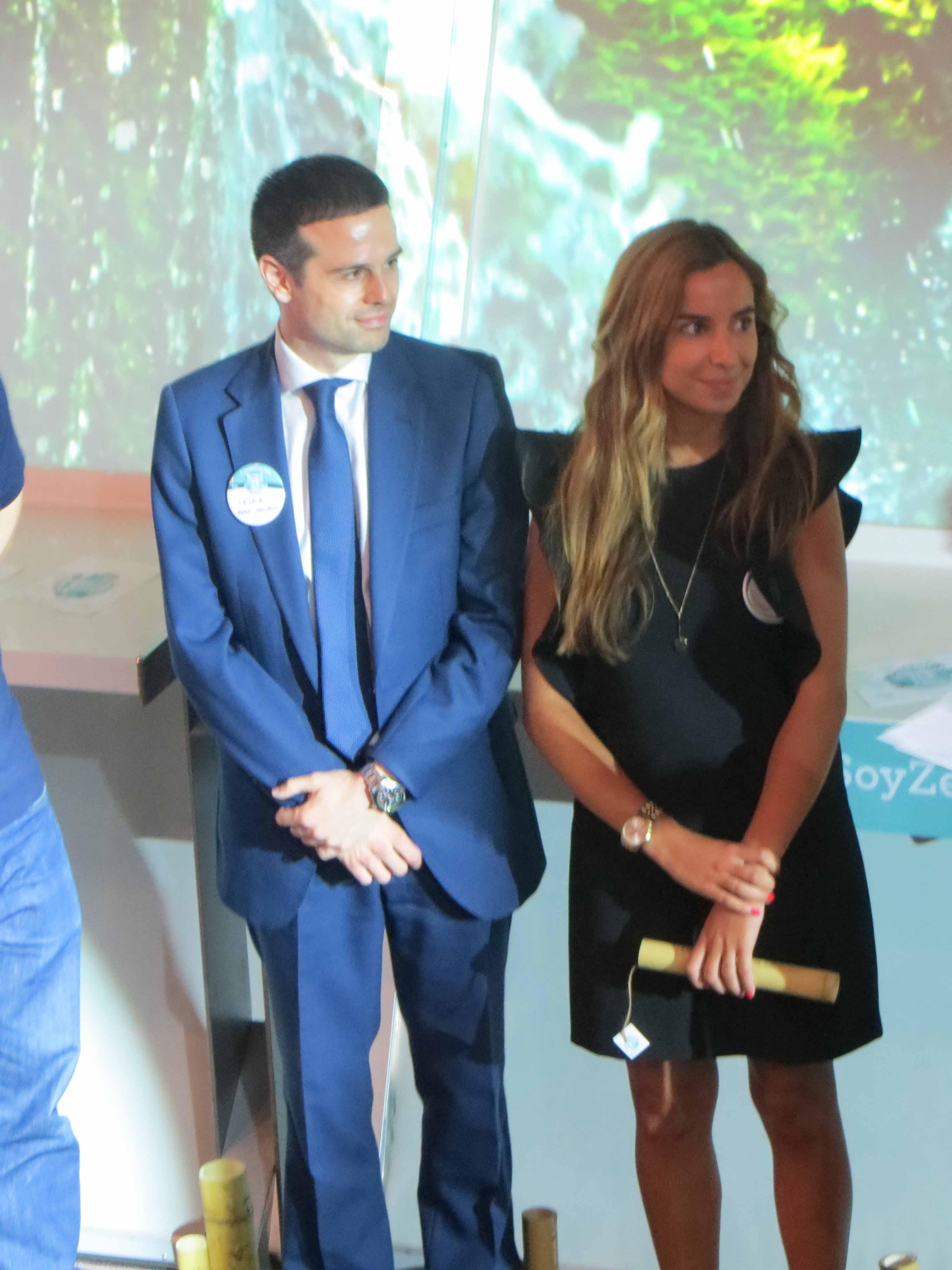 http://www.premiosmundozenadecco.es/
