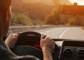 Consecuencias de devolver recibo seguro de coche