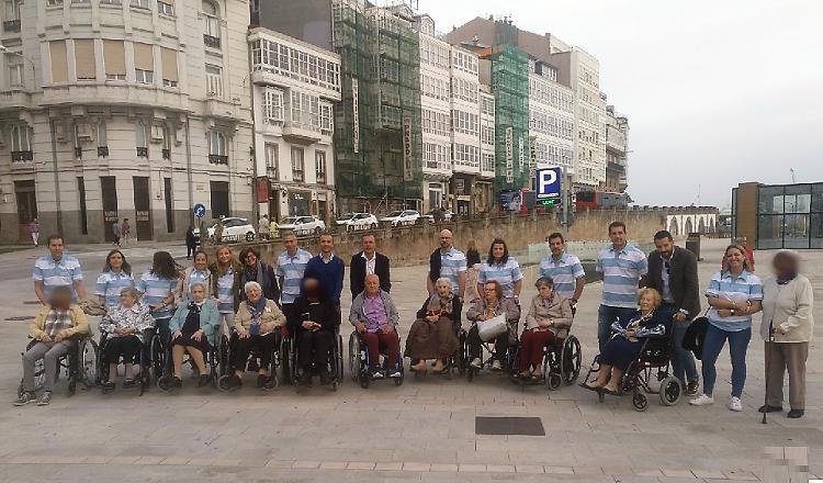 Voluntarios Reale en A Coruña